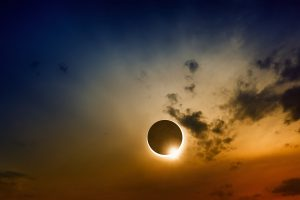 Scientific background, astronomical phenomenon - full sun eclipse, total solar eclipse
